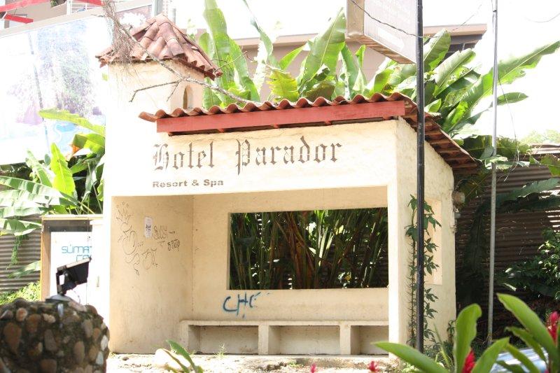 Hotel Parador (bus stop)