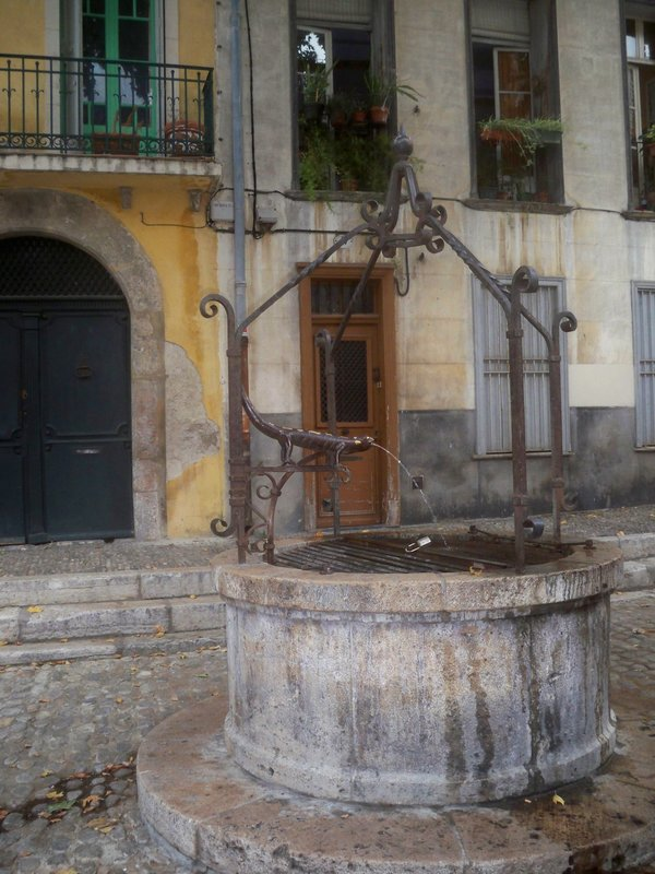 Old well in Perpignan