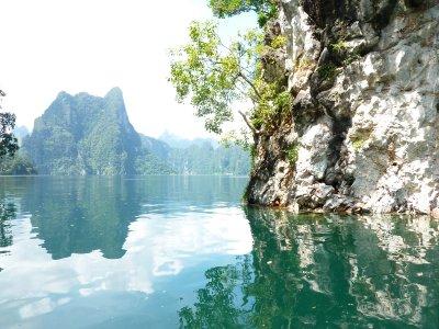 K.Sok Cheow Lan Lk Limestone Mountains4