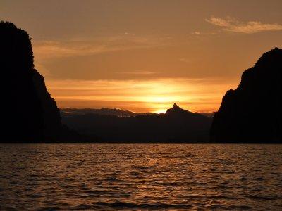 K.Sok Cheow Lan Lk Sunset yw