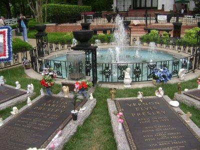 Graceland_87.jpg
