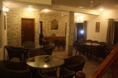 3.9. Dining Area _Vimoksha
