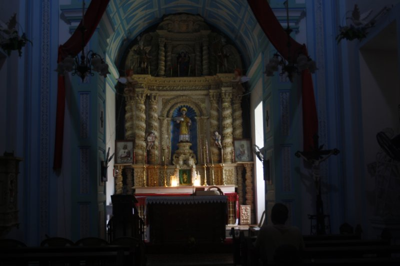 large_9_0_St_Lawrence_Church.jpg