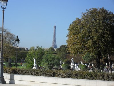 First view of the Eiffel tower
