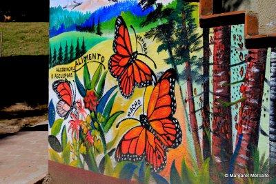IMG_5389_-..l_mural.jpg