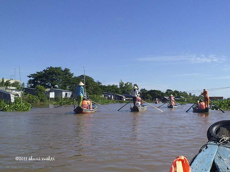 Cruising the Floating Village-1