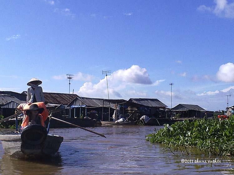 Cruising the Floating Village-2