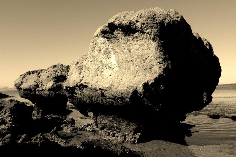 Ocean Side Boulders