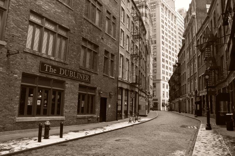 The Dubliner - Quiet Street Scene