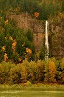 Multnomah Falls Scene