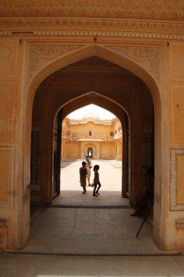 La puerta de Nahargarh Fort (El Fuerte del Tigre)