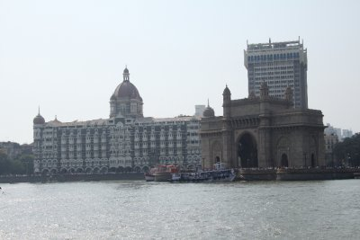 Gateway of India and Taj Mahal hotel