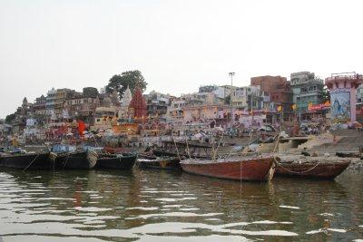 En bote por el rio Ganges