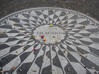 Imagine- John Lennon Central Park
