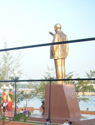 Typical Ho Chi Minh statue, Can Tho