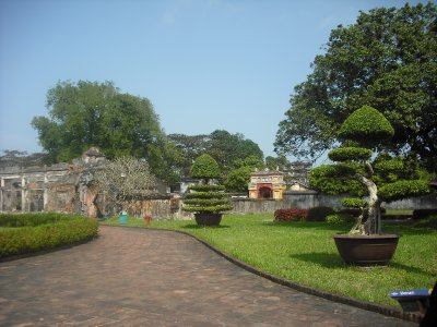 Gardens of Dien Tho Residence, Imperial Enclosure