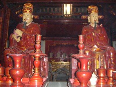 Confucian statues, Temple of Literature