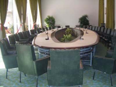 Pow wow table, Reunification Palace