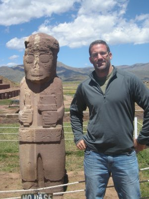 Tiwanaku - big stone man and idol