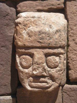 Tiwanaku - head