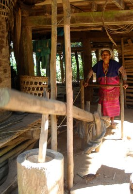 Karen hill tribe pounding rice