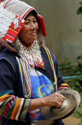 Akha-hill-tribe-Ban-Lorcha-cymbal-170-257