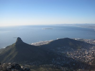 Lion&#39;s Head with Robben Island in the distance