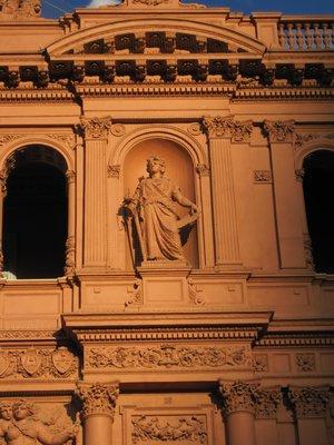 La Rosada en el Noche