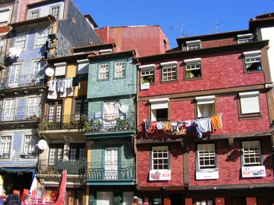 Houses near river, Porto