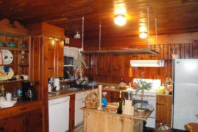 Pocomoonshine Kitchen