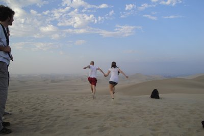 Run and Jump in the desert 1