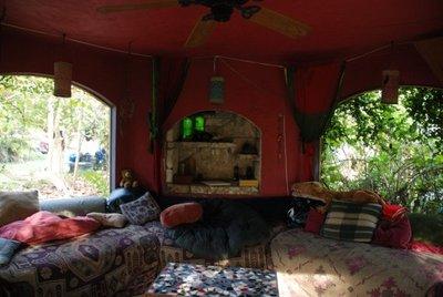 Everglades Hostel Gazebo
