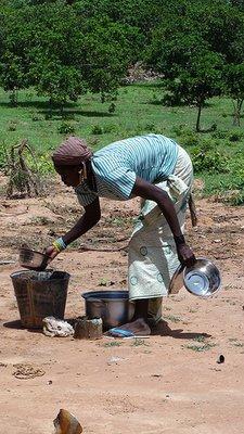 Woman_with.._bucket.jpg