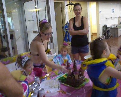 Makenzie's fourth birthday        October 2010 011