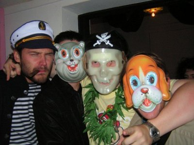Maskerade party, The Pub