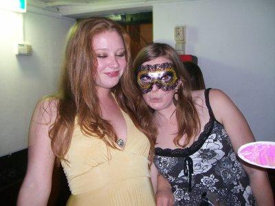 Maskerade party, Meagan, Emma