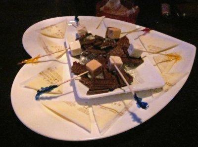 cheesy_love_plate.jpg