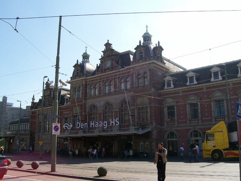 Holland Spoor Station