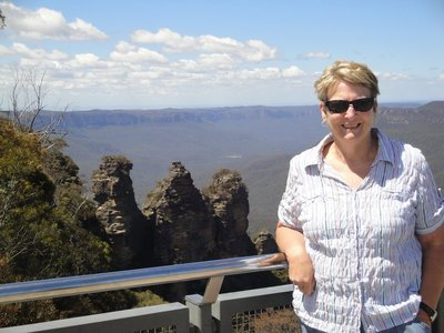 Glenda and Three Sisters from Echo Point in Katoomba