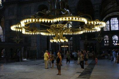 Under the chandelıer