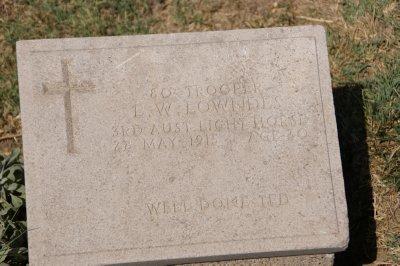 Very movıng headstone