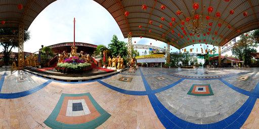 God China Statue