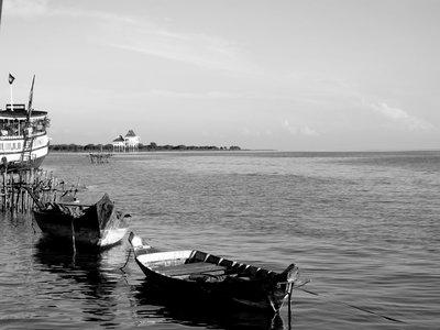 båter på TonleSap