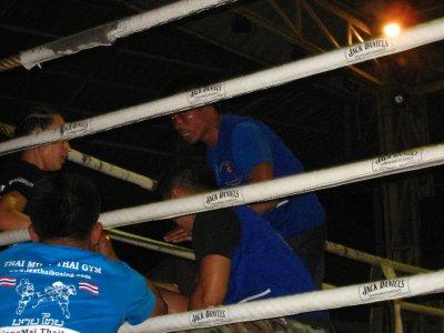 women Thai Boxing