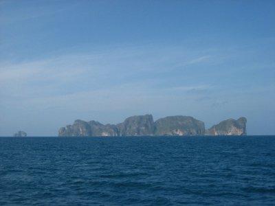 Islands beside the main Ko Phi Phi