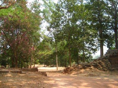 Angkor Wat wall