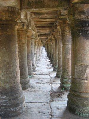 Pillars holding up Baphuon walkway