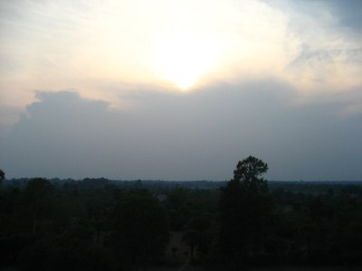 first sunset at Pre Rup