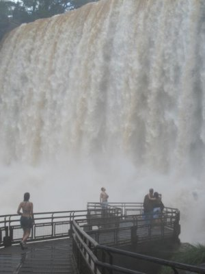 Uo close at the falls viewing platform on the Argentinian side