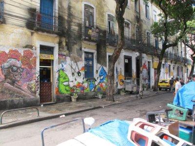 The grungy streets of Lapa